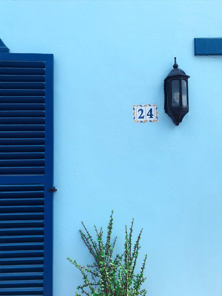 blue25